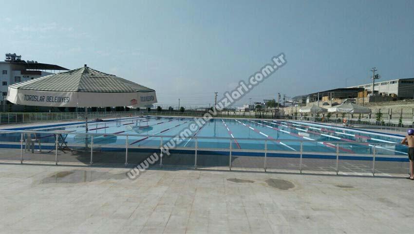 Toroslar Belediyesi Olimpik Yüzme Havuzu