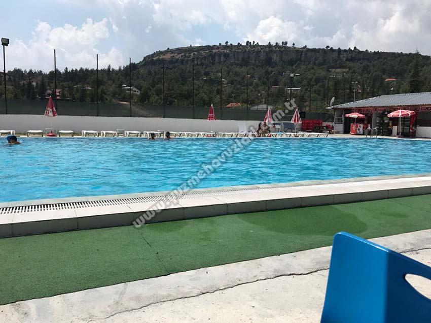 Çamlıyayla Yüzme Havuzu